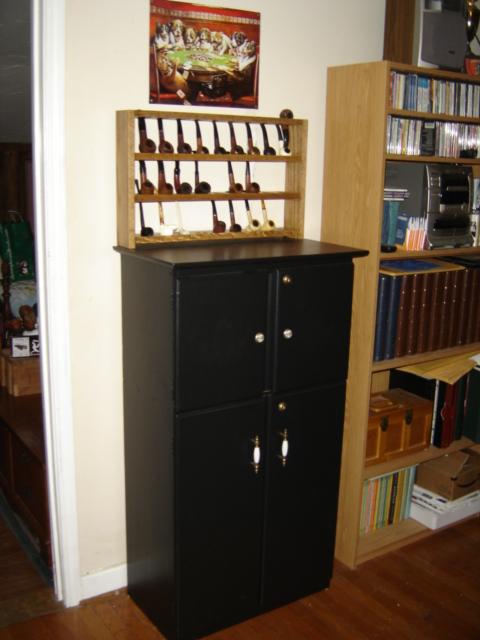 My Baccy/Liquor Cabinet Dsc00811