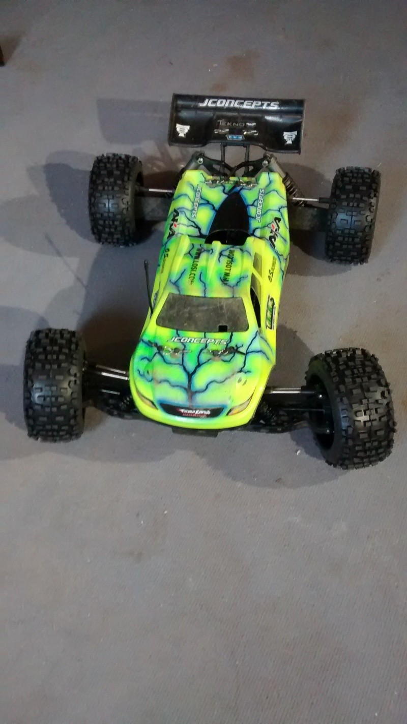 Mon nouveau jouet : Losi 8ight-T brushless - Page 2 Img_2031