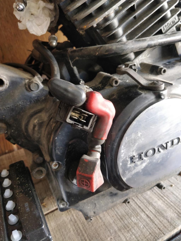 500 VTC 1986 PC08 : mesures compressions moteur déposé ? Img_2011
