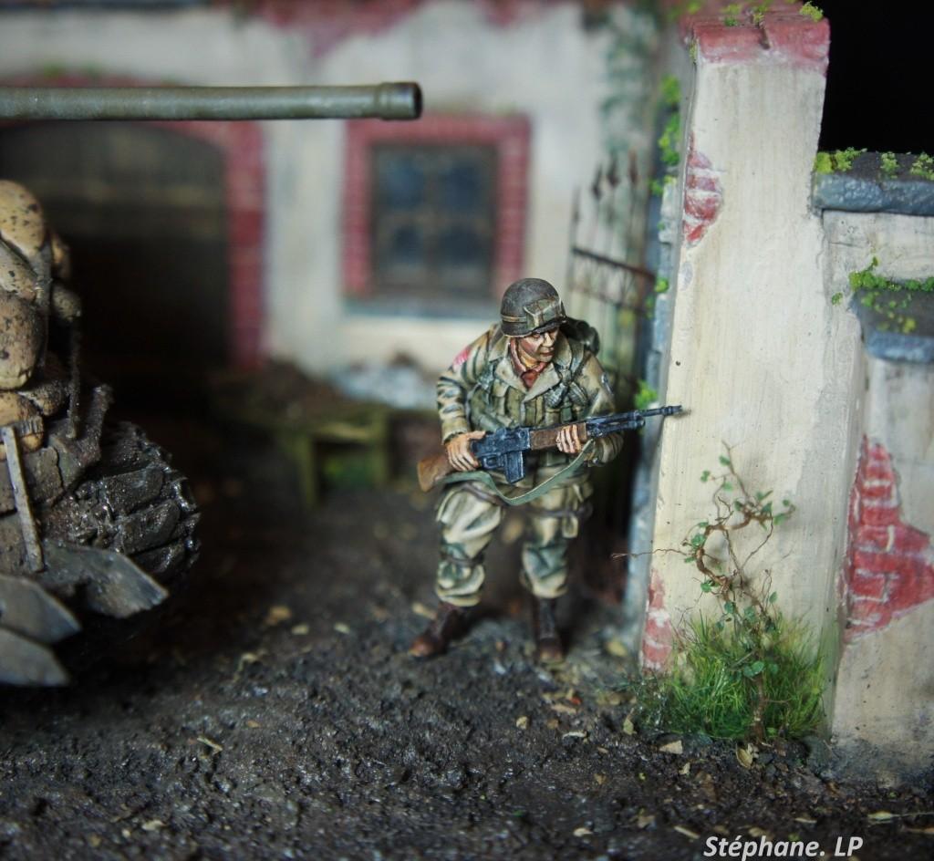 Une rencontre inattendue... Sherman M4A3 - Tamiya - 1/35 Dsc01413