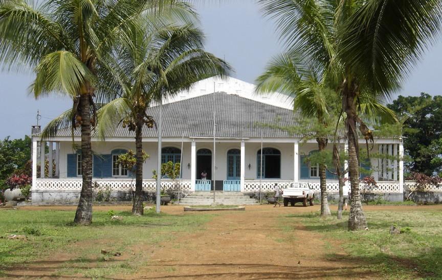 Confirmation de la relativité - Roça Sundi - Sao Tomé et Principe   2015-125