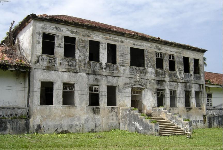 Confirmation de la relativité - Roça Sundi - Sao Tomé et Principe   2015-129
