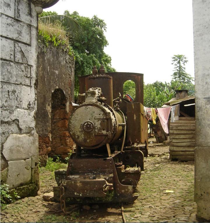 Confirmation de la relativité - Roça Sundi - Sao Tomé et Principe   2015-130