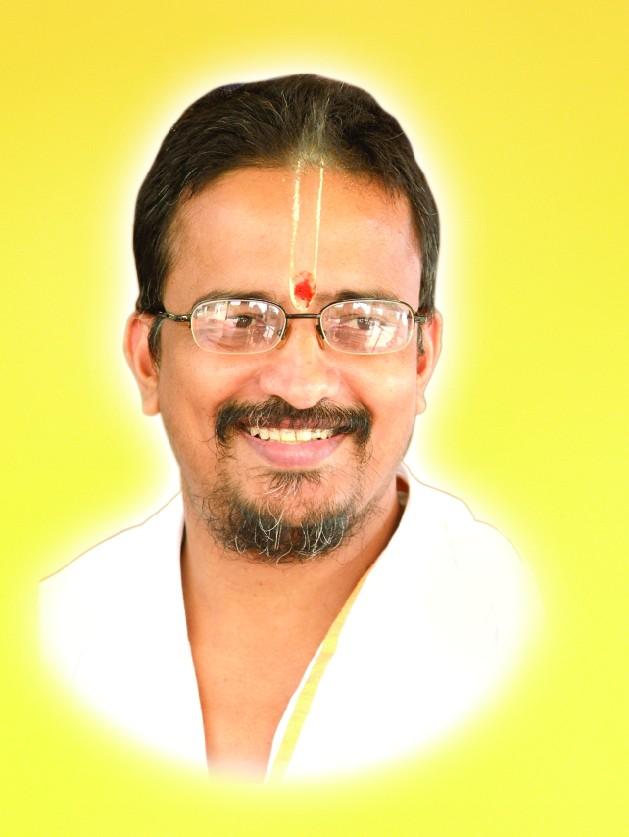Les Gurus Hindous vivant actuellement en Inde Swamij11