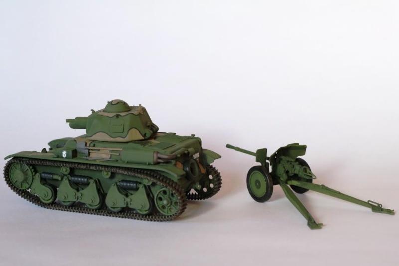 Renault R35 et canon de 25mm Renaul12