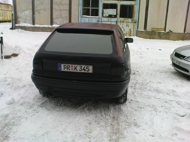 Astra F von meinem Kumpel Dsc01020