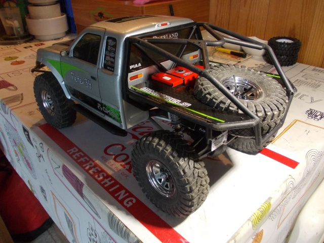 Axial scx10 Jeep Wrangler Unlimited Rubicon KIT - Página 6 H210