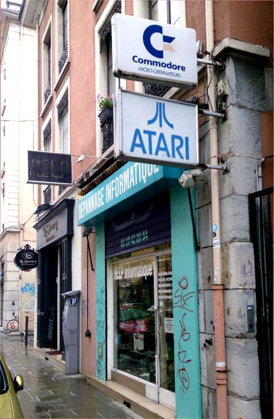 GUERRE ST-AMIGA, FIGHT !!! Atari_10
