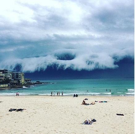 phénomènes climatiques à répétition : cyclones Tsunam10