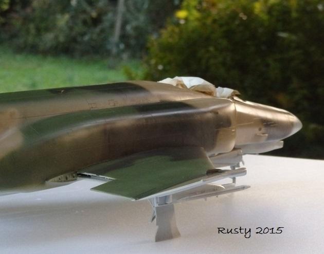 F-4E PHANTOM [1/32 REVELL] - Page 2 Pb282510