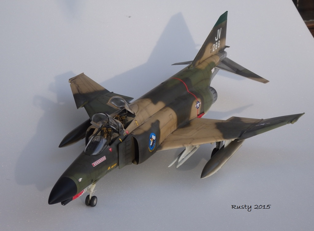 F-4E PHANTOM [1/32 REVELL] - Page 3 Pc132512