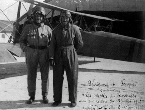 Largage de ravitaillement par parachutage guerre 14-18 105_pe10