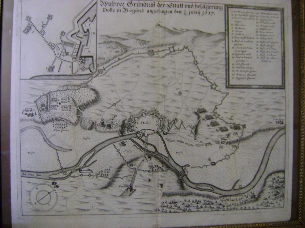 Gravure du siège de Dole en 1637. Dsc01411