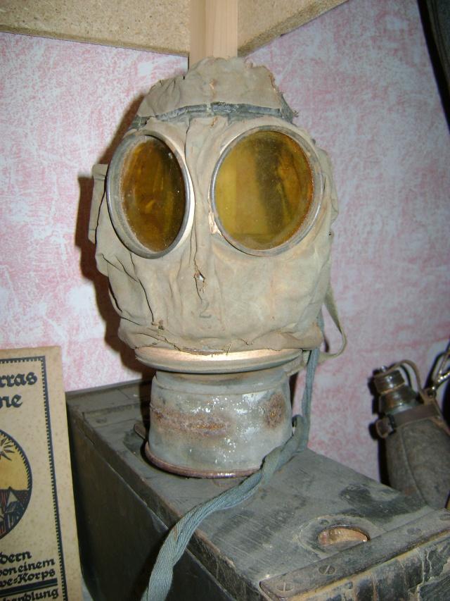 Vos Masques à Gaz  Dsc01610