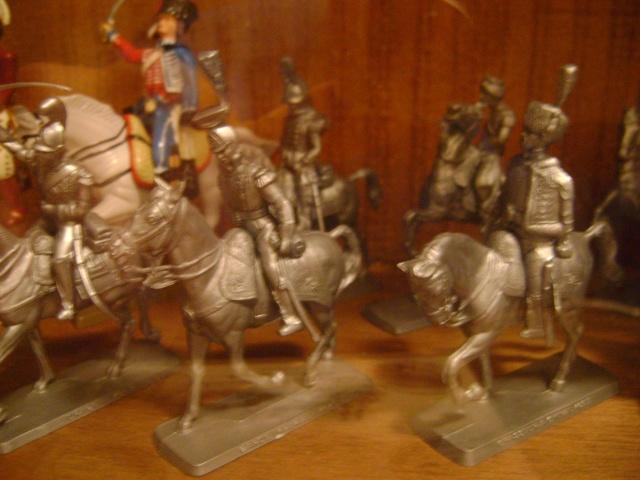 Les figurines anciennes, leurs accessoires et leurs décors. Dsc03537