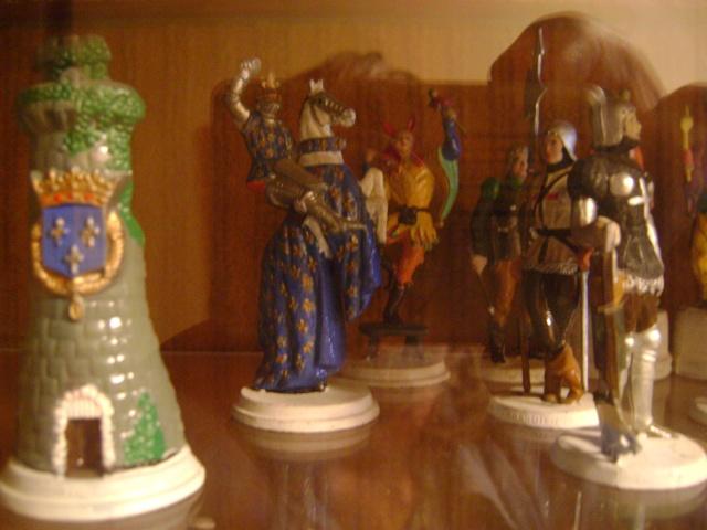 Les figurines anciennes, leurs accessoires et leurs décors. Dsc03542