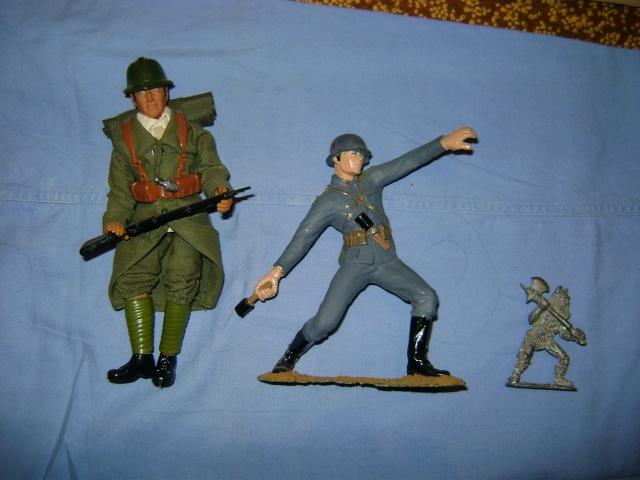 Les figurines anciennes, leurs accessoires et leurs décors. Dsc03612