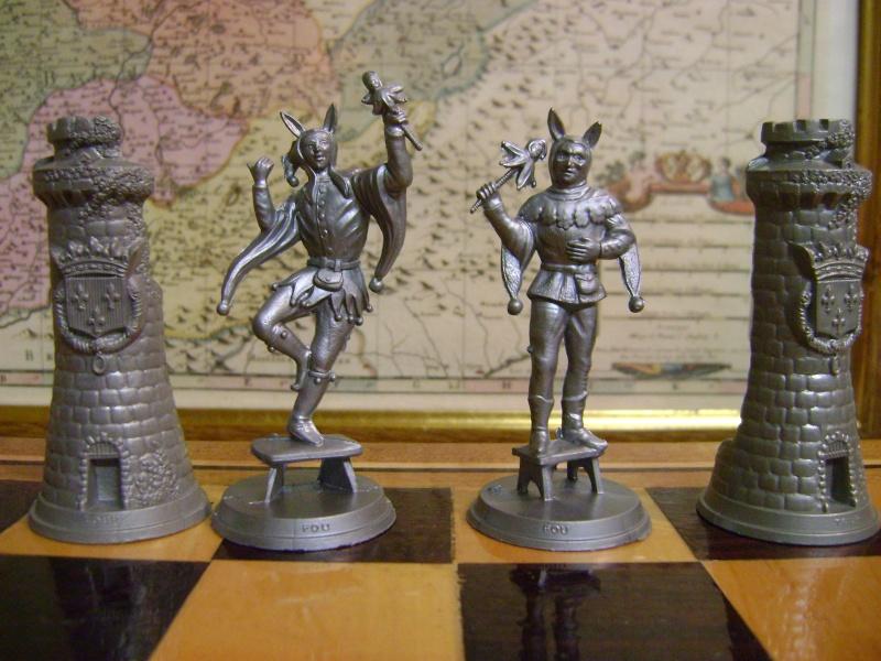 Les figurines anciennes, leurs accessoires et leurs décors. Dsc05151