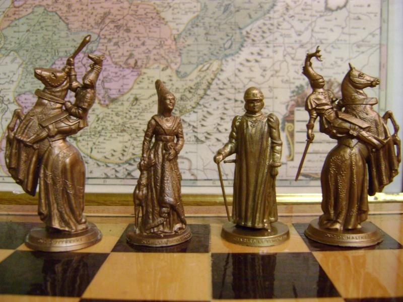 Les figurines anciennes, leurs accessoires et leurs décors. Dsc05154