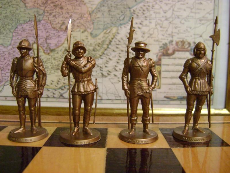 Les figurines anciennes, leurs accessoires et leurs décors. Dsc05156