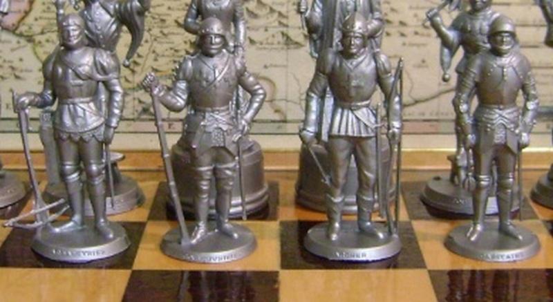 Les figurines anciennes, leurs accessoires et leurs décors. Dsc05166