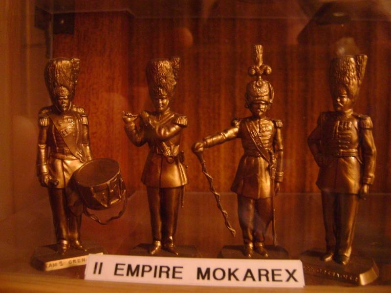 Les figurines anciennes, leurs accessoires et leurs décors. Dsc05168