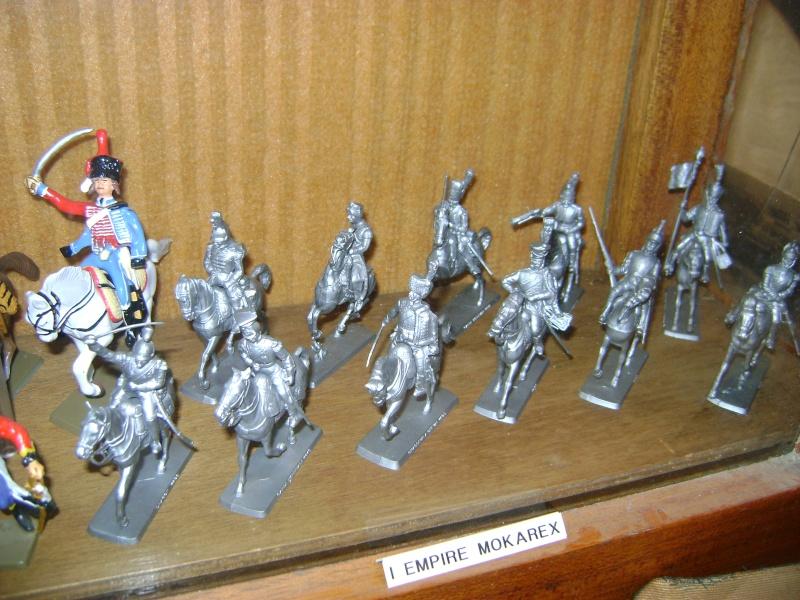 Les figurines anciennes, leurs accessoires et leurs décors. Dsc05169