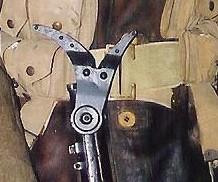 Cisaille coupe-barbelés pour fusil Steyr M95. Manneq23