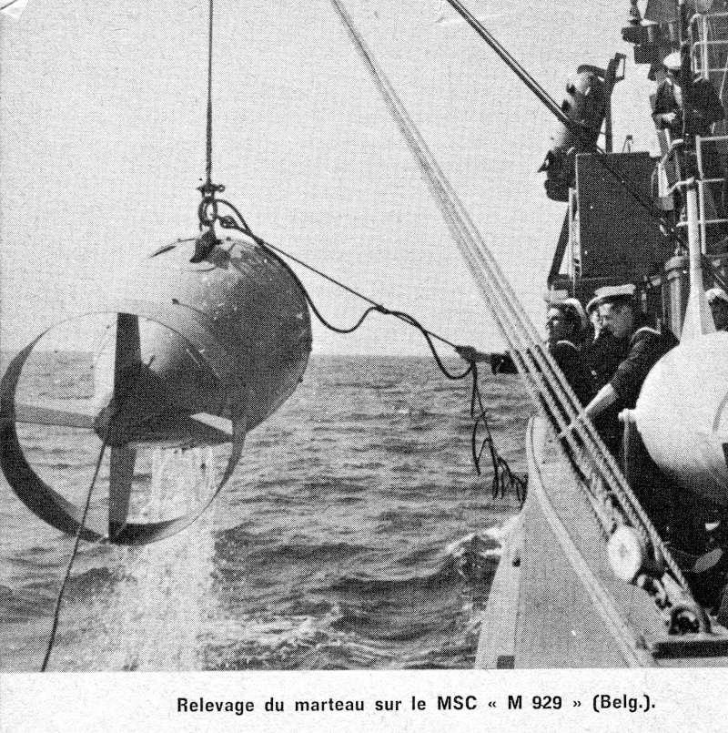 [Les différents armements de la Marine] La guerre des mines - Page 3 Img90610