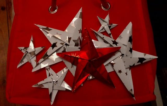 23 novembre : des étoiles ORIGAMI ... Ytoile12