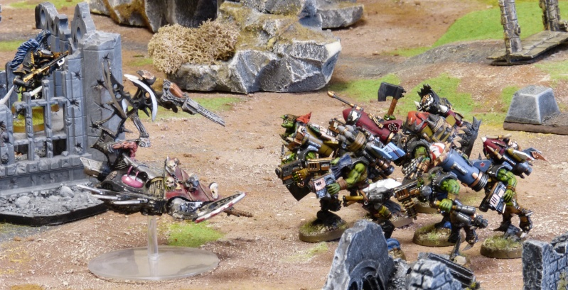 Warhammer 40K. Galerie de Batailles ! - Page 4 P1100152