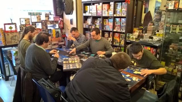 Table 1 : Les Hobbits mènent l'enquête ! - Page 5 Wp_20111