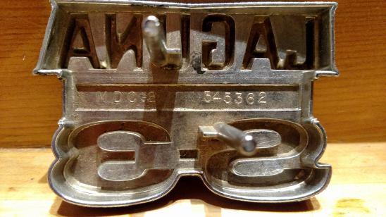 1974 LAGUNA S-3 EMBLEM  Emblem11
