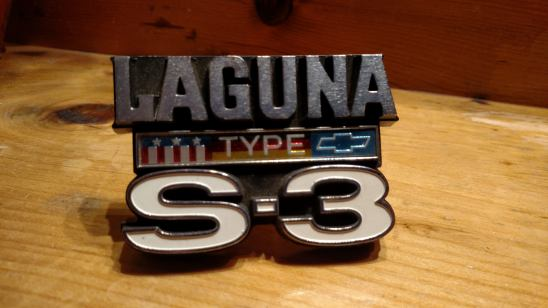 1974 LAGUNA S-3 EMBLEM  Emblem12