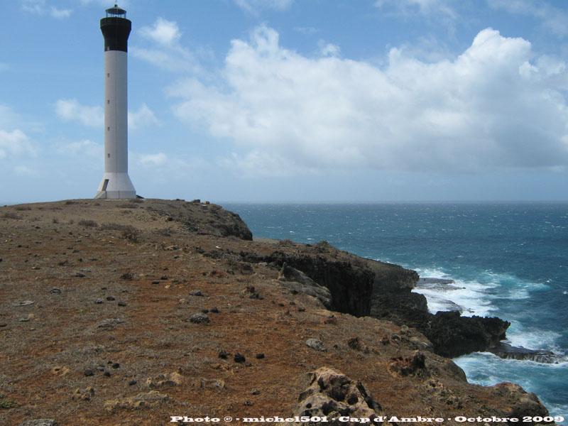 [ Campagnes ] [ Divers ] MADAGASCAR - LA RÉUNION - LES COMORES LE CAP D'AMBRE M85_im10