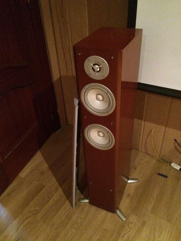 Tannoy Mercury 7.4 o Q-acustic 3050 M94o0l10