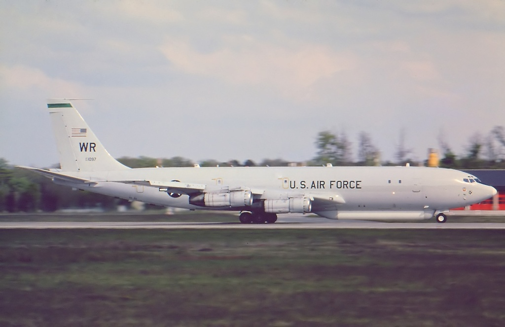 707 in FRA - Page 8 E-8c10