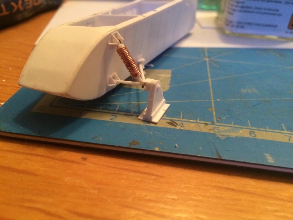 AEROSAN RF8 - full scratch - 1/35 - Page 2 Img_4749