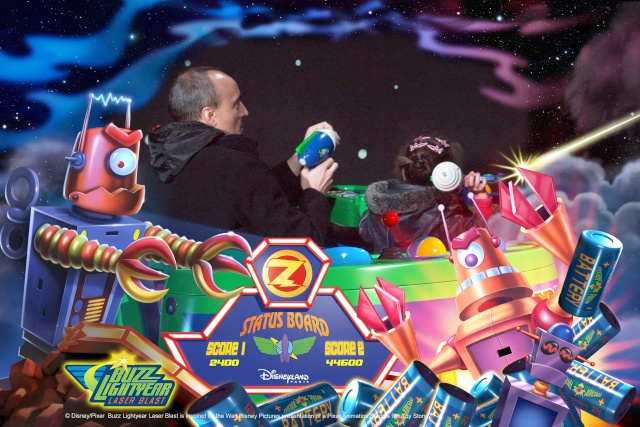 Buzz Lightyear Laser Blast - Page 32 D340910