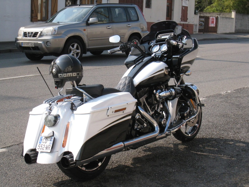 Road Glide CVO, combien sommes nous sur Passion-Harley - Page 16 Grogno10