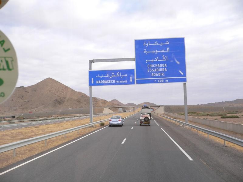 Des Mog. au Maroc. 02710