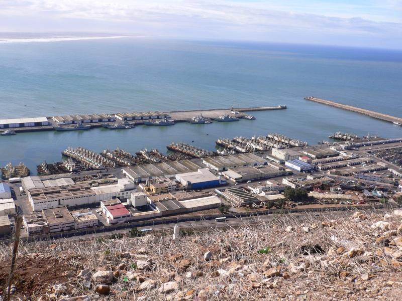 Des Mog. au Maroc. 09710