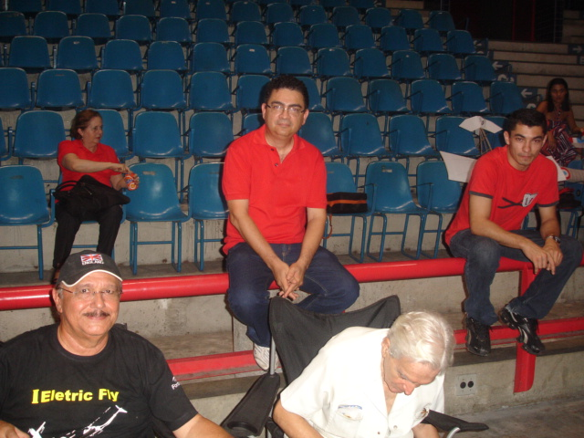 Ginasio Paulo Sarasare 16/06/2010 Gin_0150