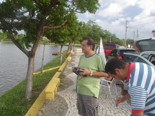 Grupo de Nautimodelismo de Fortaleza no lago do Condomínio Lago_023