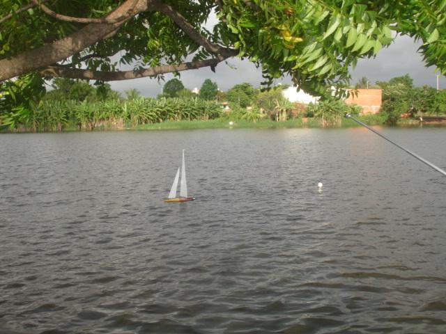 Grupo de Nautimodelismo de Fortaleza no lago do Condomínio Lago_025