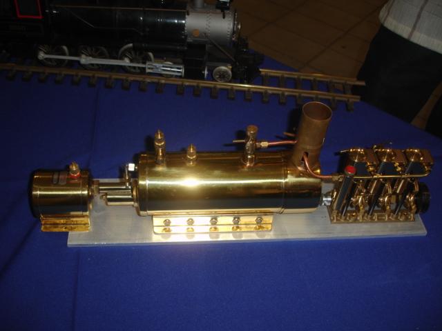 O Charme do Motor a Vapor RC Marin137
