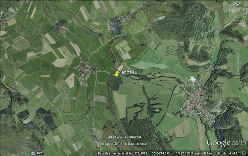 """Panneaux """"mémorial de la chute du rideau de fer entre les deux Allemagne (1393 km) """" Fronti10"""