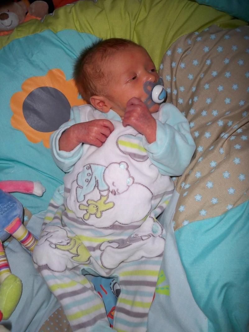 Mon accouchement.... et quelques photos de raphaël - Page 3 Image337
