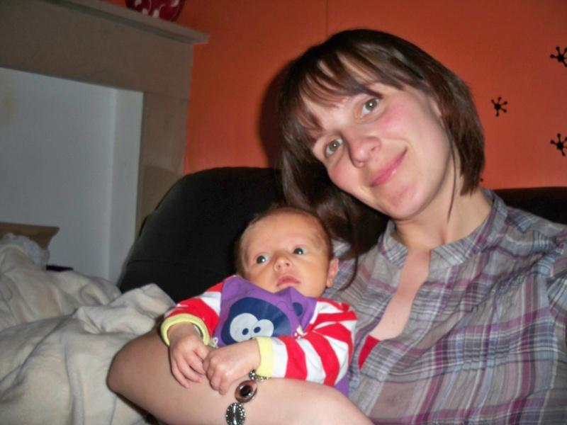 Mon accouchement.... et quelques photos de raphaël - Page 3 Image354