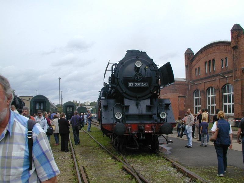 Zwei Pazifics der deutschen Bahnen: BR 01 und 03 03-2111